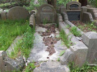 Kathleen Reyling's grave - before photo