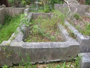 Charles Evitt's grave - before photo