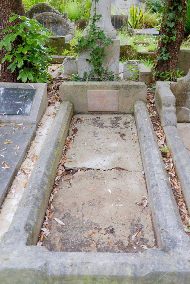 Albert Martin's grave