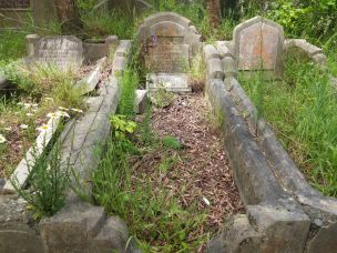 John Waistell's grave - before photo