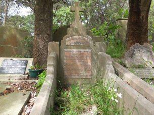 Arthur Howell's grave
