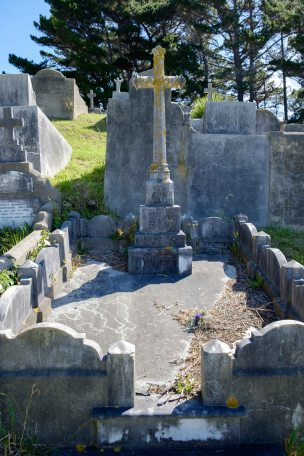 John O'Connell's grave - before photo